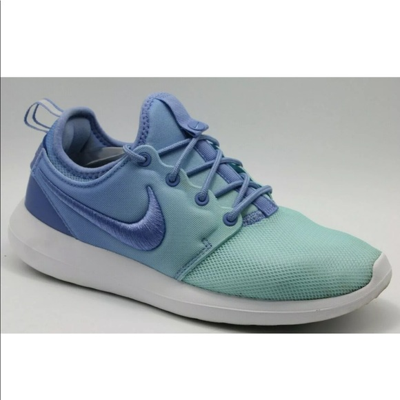 separation shoes d47fb 66dcc Nike Roshe Two Br Low Top Lace Up Running Sneaker